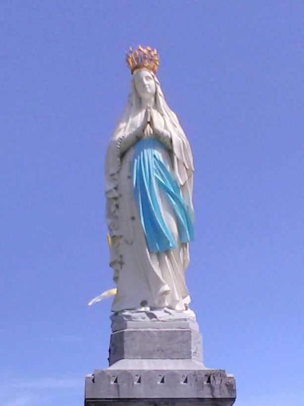 Marie, Lourdes