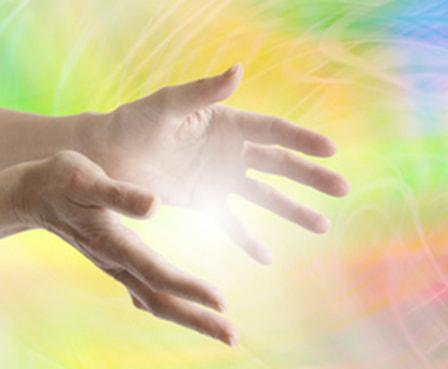 L'énergie canalisée passant par les mains