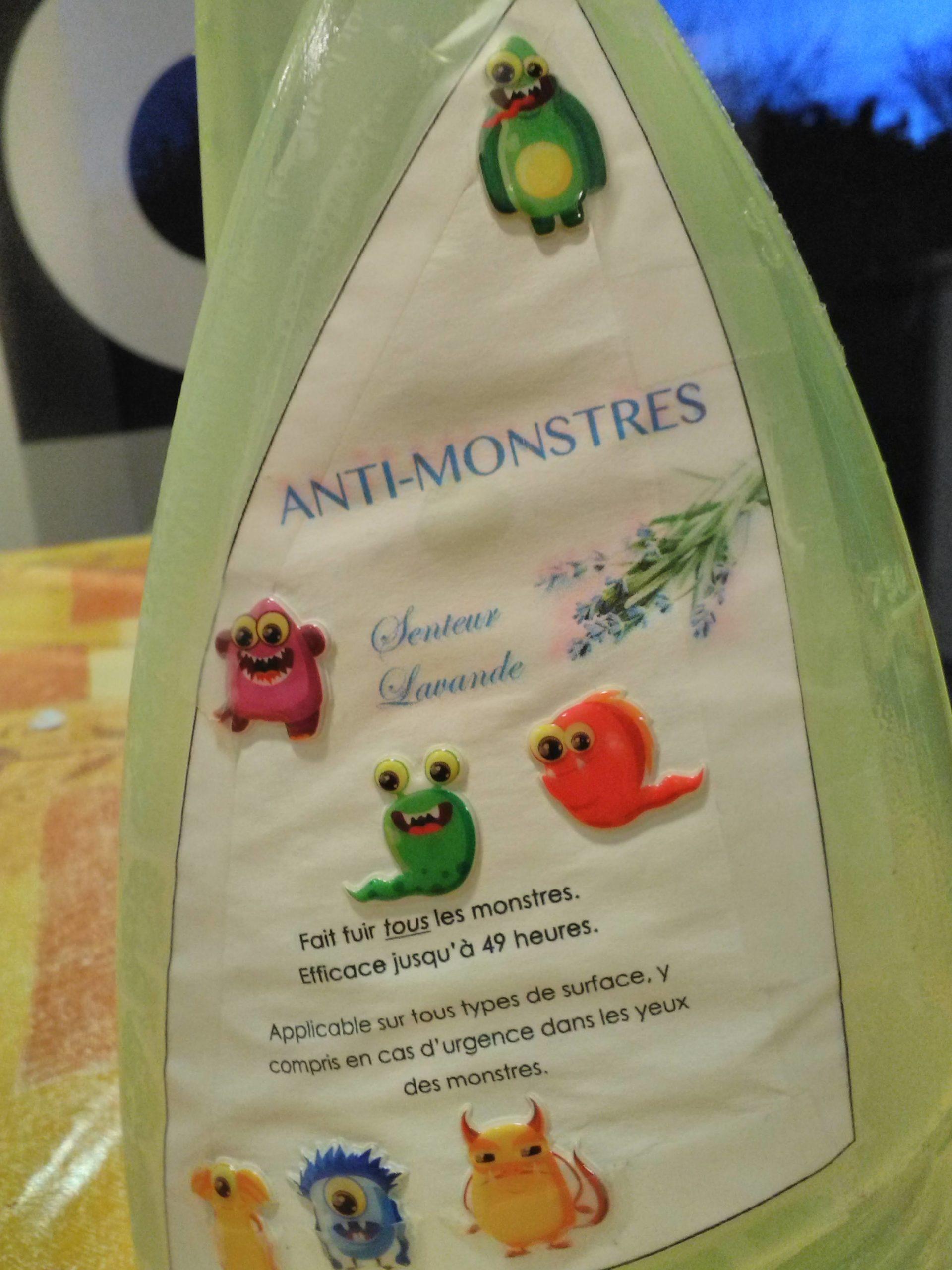 "Le ""SAM"" : Spray Anti-Monstres"