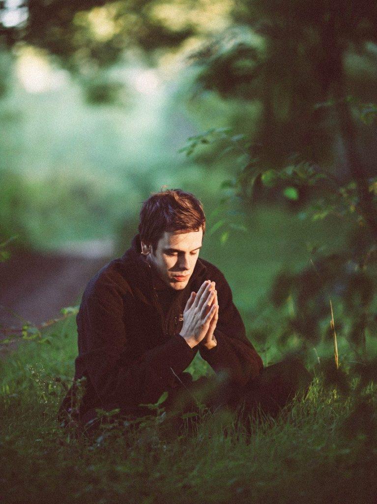S'arrêter un instant dans la Nature, pour prier et méditer